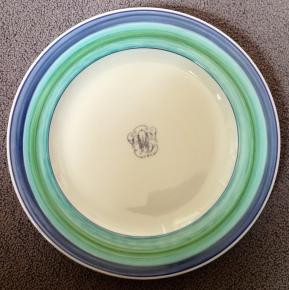 transformation Spirales à la tournette donnent impression d'une assiette à soupe, mais Non!