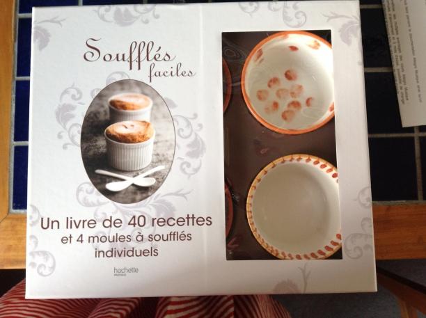 coffret de 4 ramequins et livre recettes de soufflés